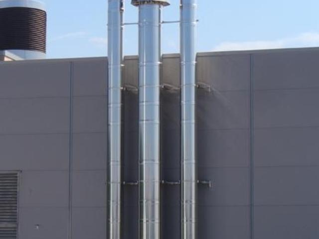 Industrieschornsteine im Durchmesser 400 und 600mm, Firma Boysen Simmersfeld, Glühofenhalle