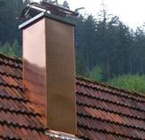 ... und anschliessend mit Kupfer neu verkleidet. Abdeckplatte und Schwarzwaldhaube sind aus Edelstahl. Ort: Bad Liebenzell
