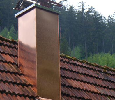 Baufälligen Kaminkopf neu aufgemauert und mit Kupfer verkleidet, Bad Liebenzell