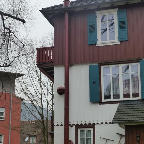 Pulverbeschichteter Schornstein für eine denkmalgeschützte Villa, Bad Herrenalb