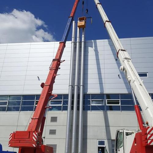 Aufbau von drei freistehende Anlagen á 25m